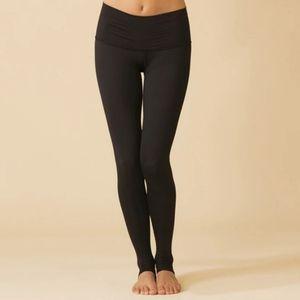Teeki Solid Black Hot Pant Size M